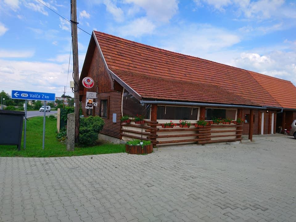 Reštaurácia Drevená dedinka