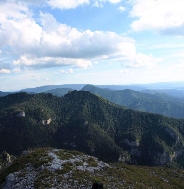 Pohľad na vrch Ostrá z Tlstej