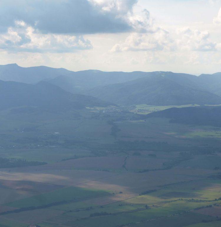 Výhľad na vrch Kľak a Malú Fatru