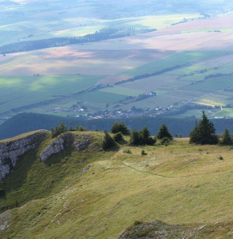 Výhľad na Blatnicu z Tlstej