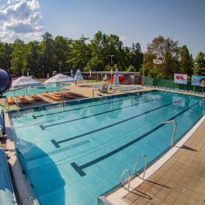 Plavecký 25 m bazén