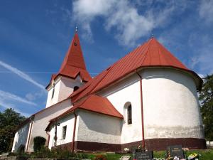 Kostol Valča