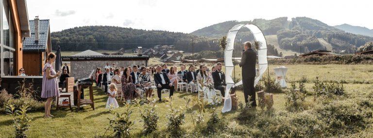 Svadobný obrad na chate